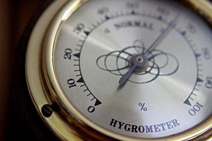 Jak zmierzyć wilgotność powietrza?