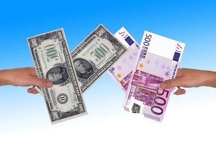 Prosta wymiana waluty w kantorze internetowym