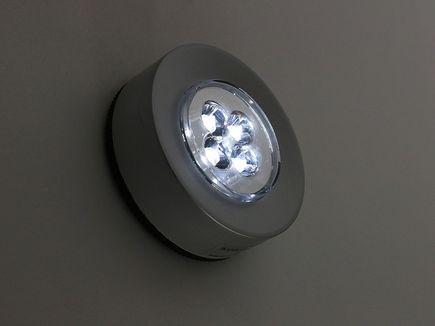 Lampy ledowe i halogenowe - czyli nowoczesne oświetlenie wnętrza