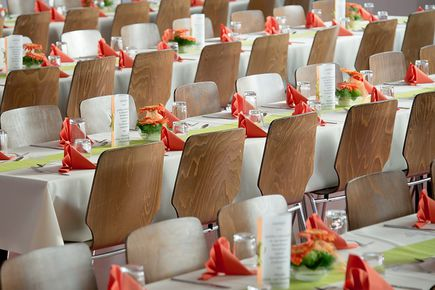 Sala weselna, dania i dekoracje - czyli o co trzeba zadbać organizując wesele