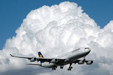 Port lotniczy w Szymanach
