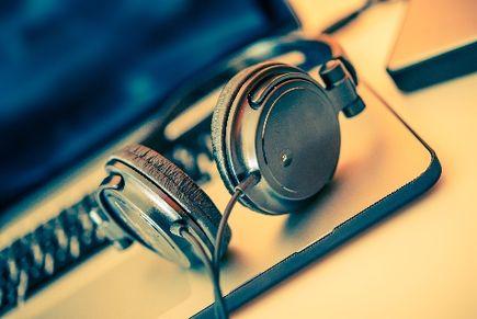 Odtwarzasz muzykę publicznie? Zobacz co Ci grozi.