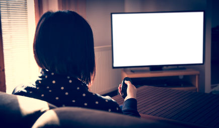 Pakiet z telewizją czy z szybkim internetem – co lepsze?