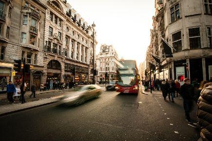 Autobusem za granicę? Sprawdź najpopularniejsze kierunki