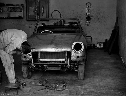 Serwis blacharsko-lakierniczy samochodu – jakość kosztuje