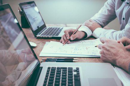 Pożyczki pozabankowe dla firm - źródło finansowania działalności gospodarczej