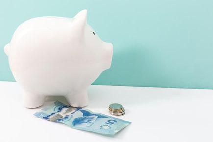 Sposoby na oszczędzanie i wychodzenie z zadłużenia