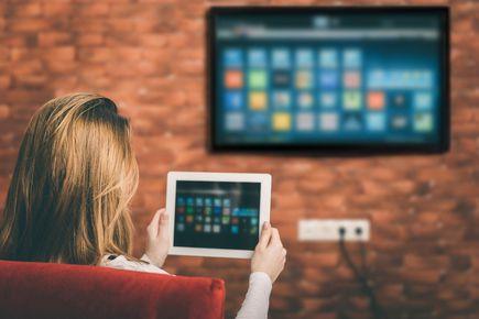 Telewizory Smart TV, czyli na czym polega inteligencja współczesnych telewizorów?