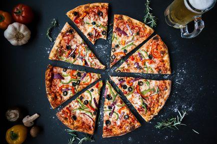 Nie możesz znaleźć pizzy, która odpowie Twoim oczekiwaniom? Stwórz własną!