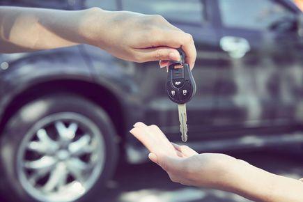 Czy warto sprzedać samochód w skupie aut?