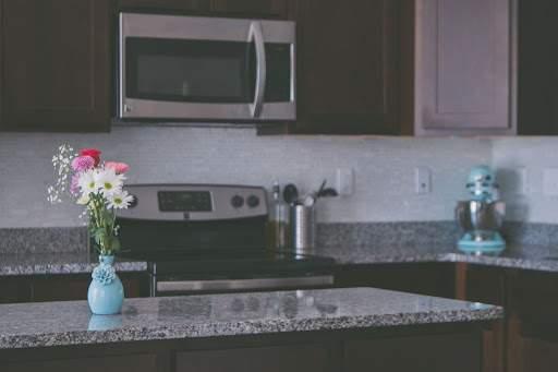 granity w kuchni - blaty kuchenne