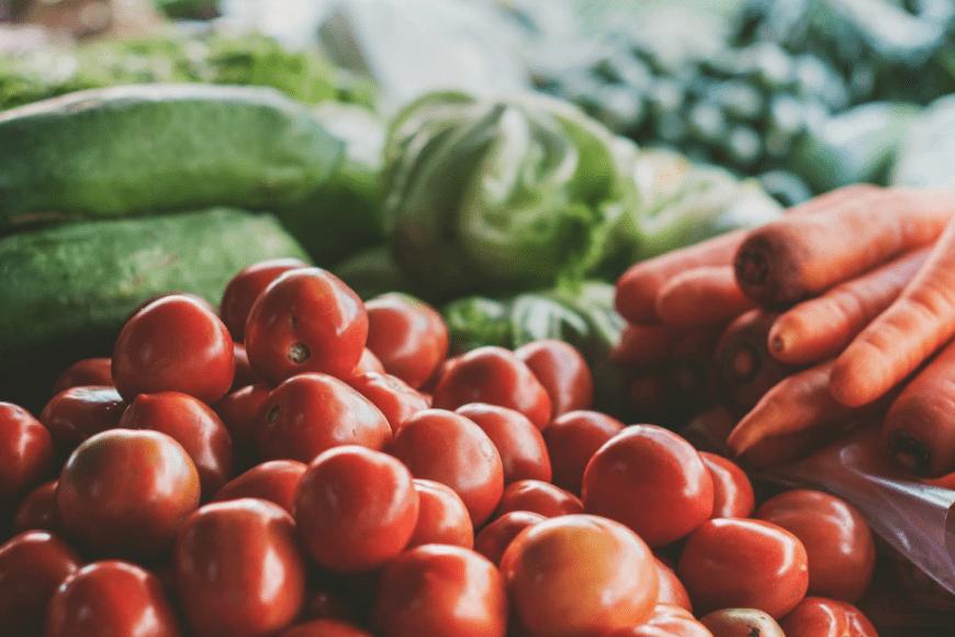 Jak przechowywać warzywa, aby pozostały dłużej świeże?