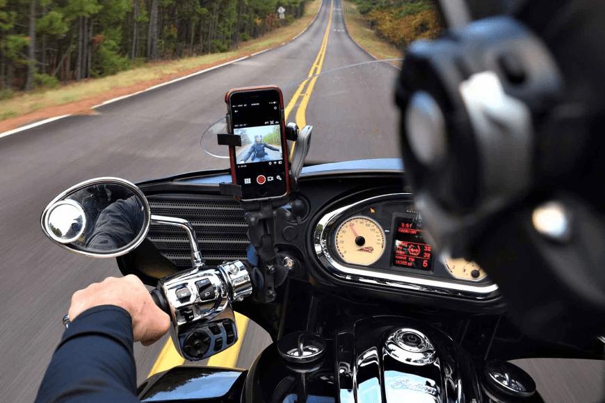 Sprawna komunikacja na motocyklu