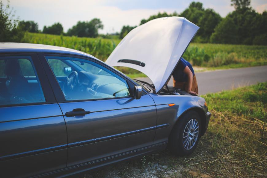 Czy warto korzystać z usług złomowania pojazdów?