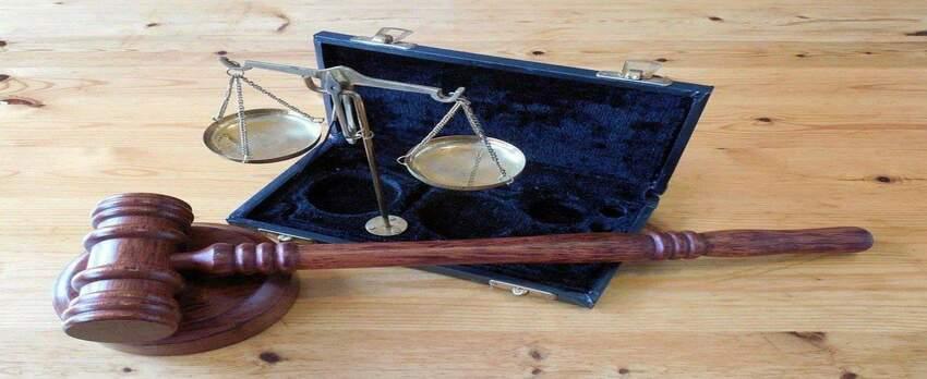 Prawniczy żargon, a długi