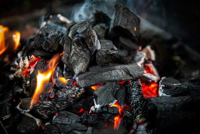 Jaki rodzaj węgla wybrać? Wydajność, opłacalność i wpływ na środowisko