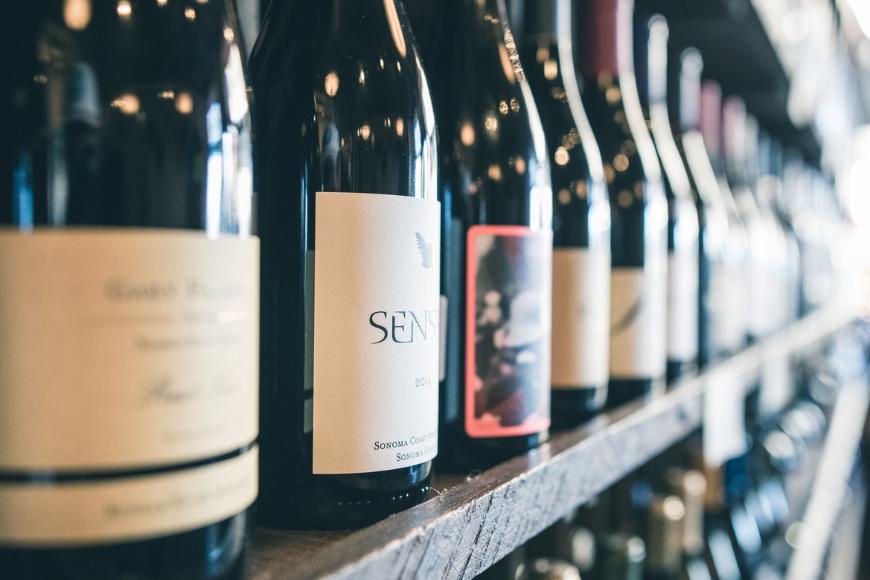 Winiarki wolnostojące – jak wybrać odpowiedni model?