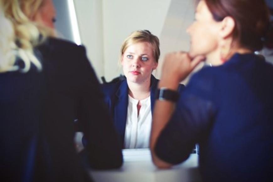 Co powinna obejmować kompleksowa obsługa prawna spółki akcyjnej?