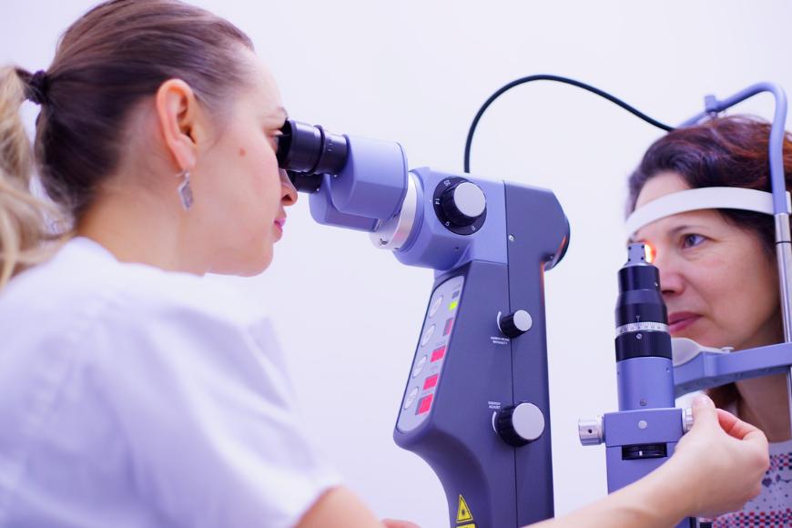 Soczewki wewnątrzgałkowe PanOptix® - skuteczna metoda leczenia zaćmy