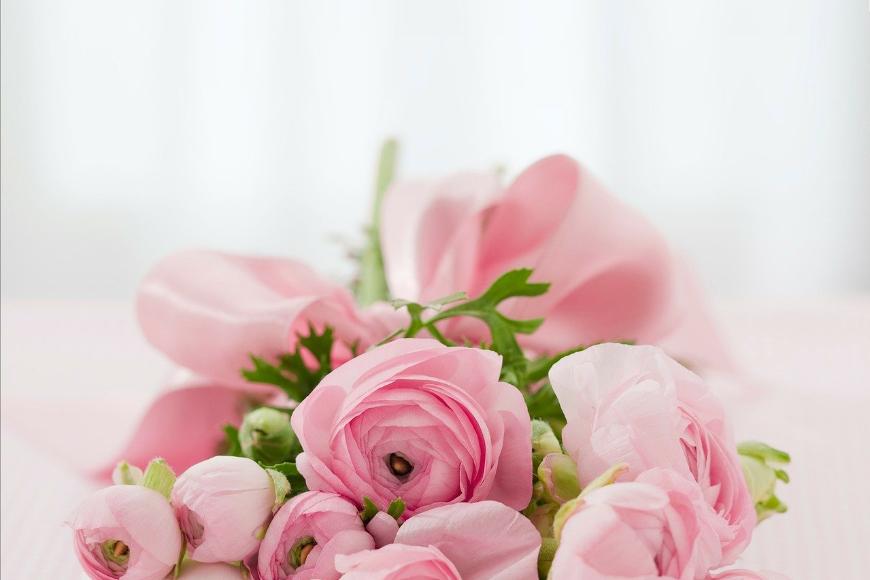 Kwiaciarnia internetowa - świeże kwiaty z dostawą na każdą okazję