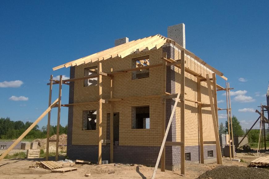 Kiedy kupować materiały budowlane?