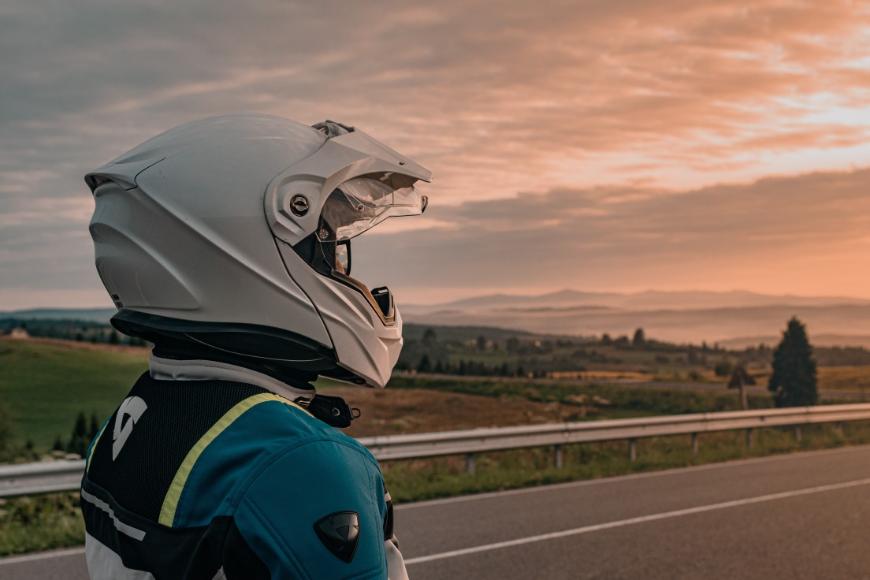 Rodzaje kasków motocyklowych – charakterystyka i różnice