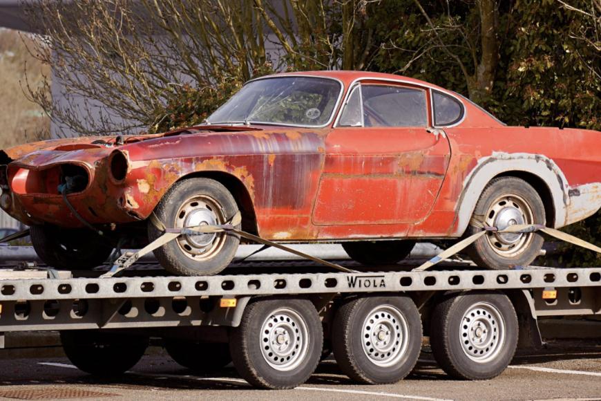 Co powinieneś zrobić w przypadku awarii samochodu na drodze?