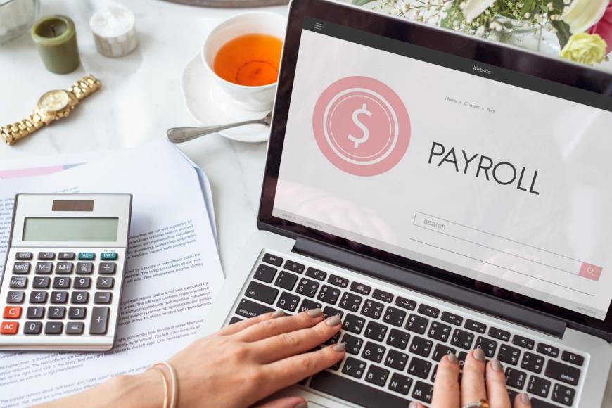 Czym jest payroll i do kogo skierowana jest usługa?