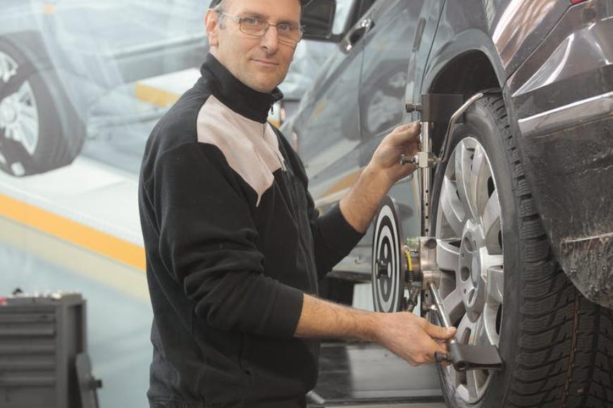 Warsztaty samochodowe – jak wybrać najlepszy?