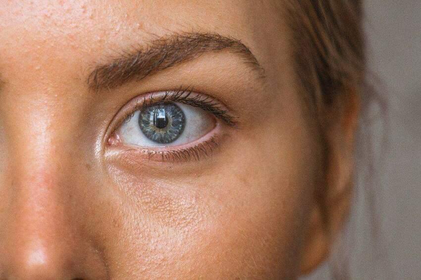 Makijaż powiększający oczy - przydatne wskazówki
