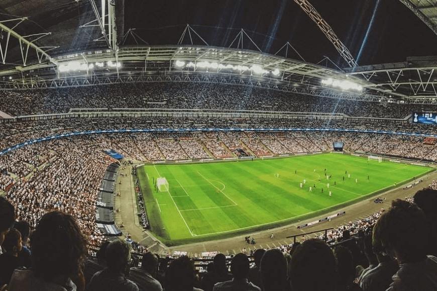 Piłka nożna – Krótki przewodnik obstawiania meczów online
