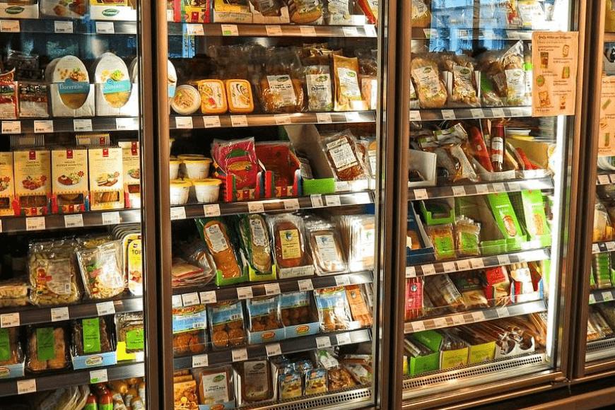Rodzaje opakowań plastikowych do żywności