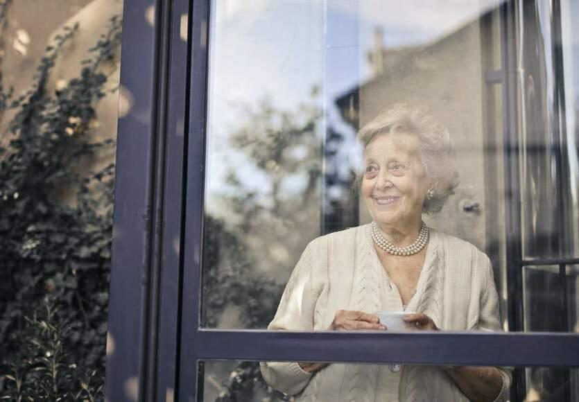 Co powinien oferować prywatny dom opieki dla osób starszych?