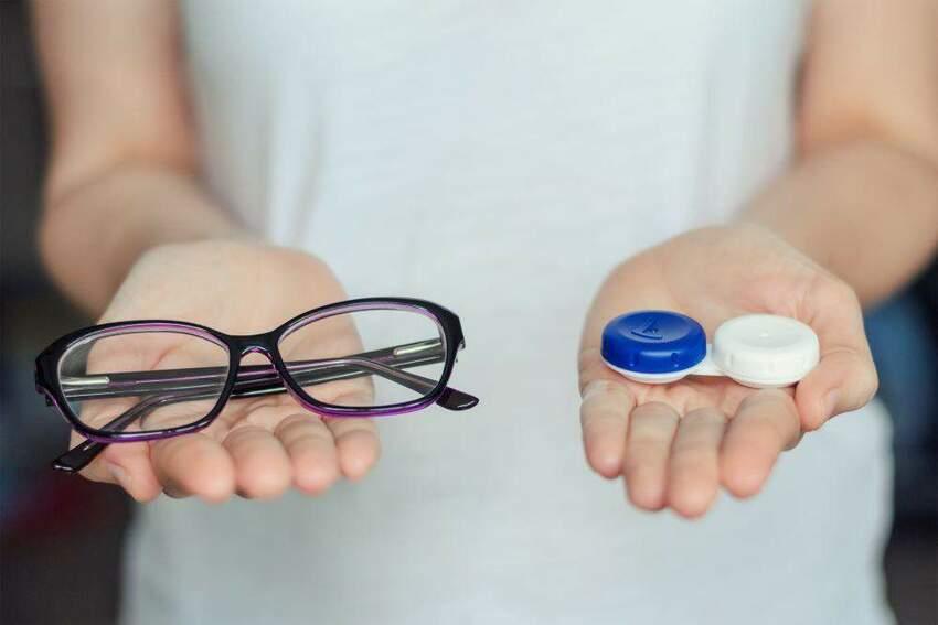 Zamień swoje okulary na soczewki kontaktowe