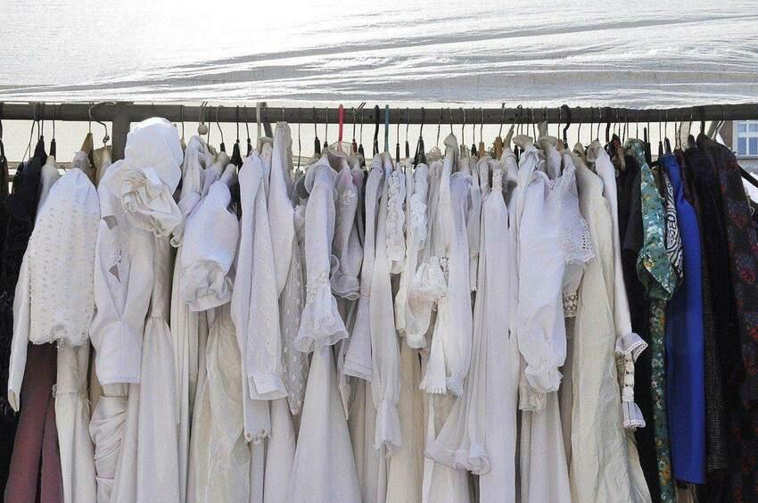 Dlaczego warto kupować odzież używaną?