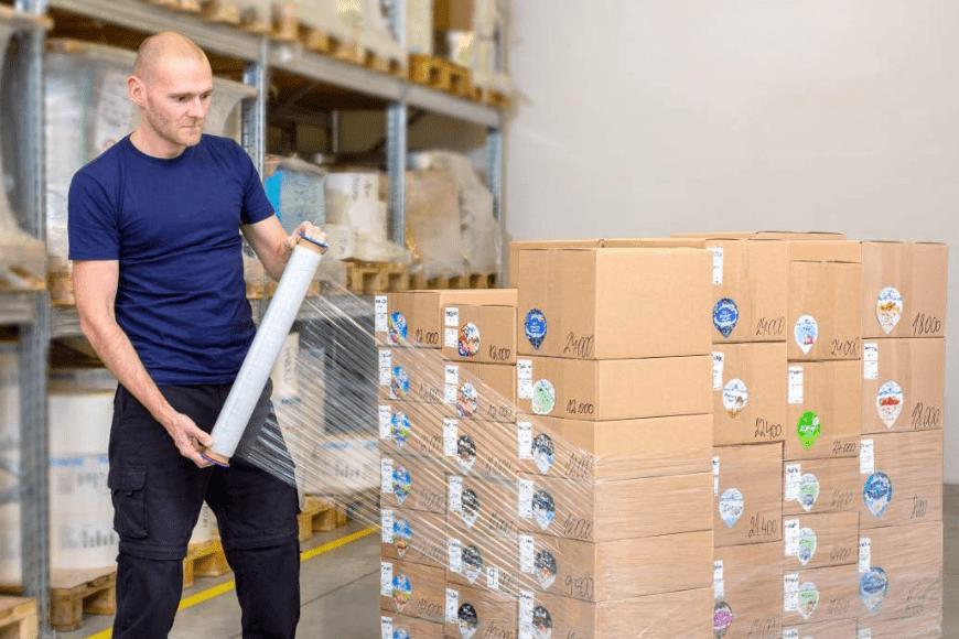 Profesjonalne taśmy pakowe – po jakie warto sięgać?
