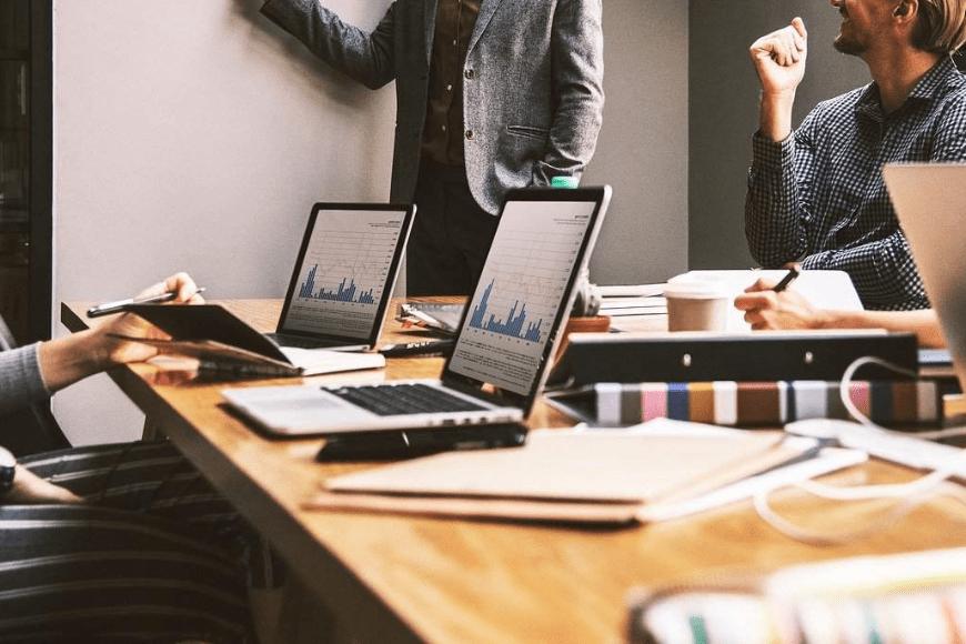 Czym są prace badawczo-rozwojowe w firmie?