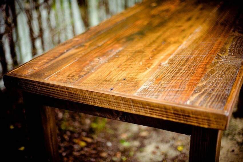 Jak uzyskać efekt starego drewna, czyli jak postarzyć drewno?