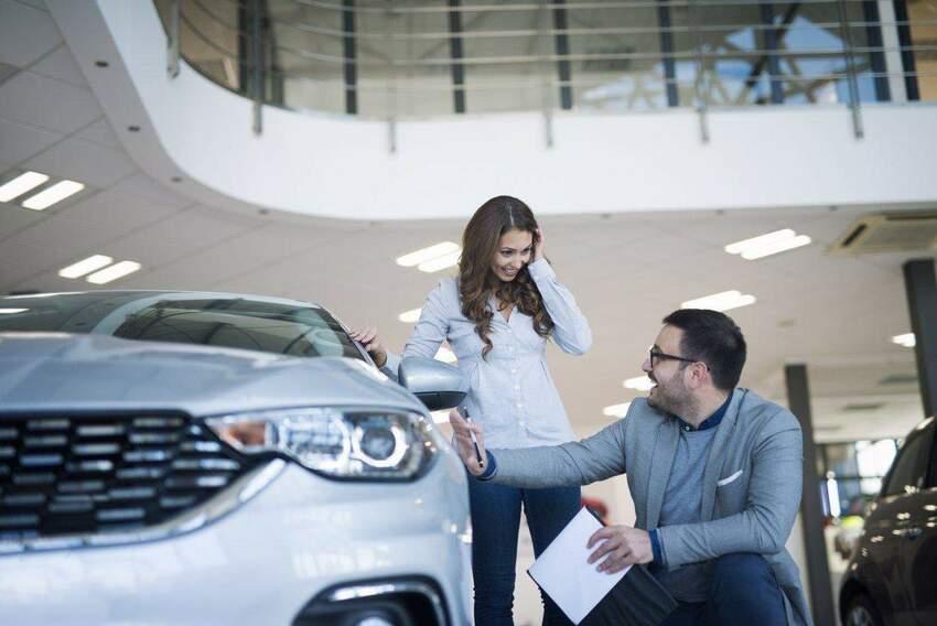 Jak sfinansować nowe samochody służbowe?