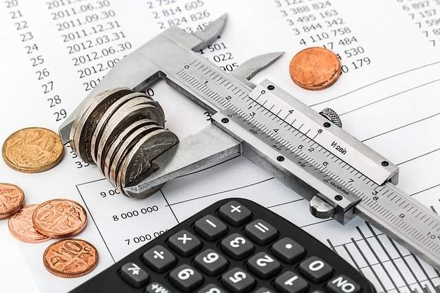 Prowadzenie działalności wbrew rządowym ograniczeniom a podatek