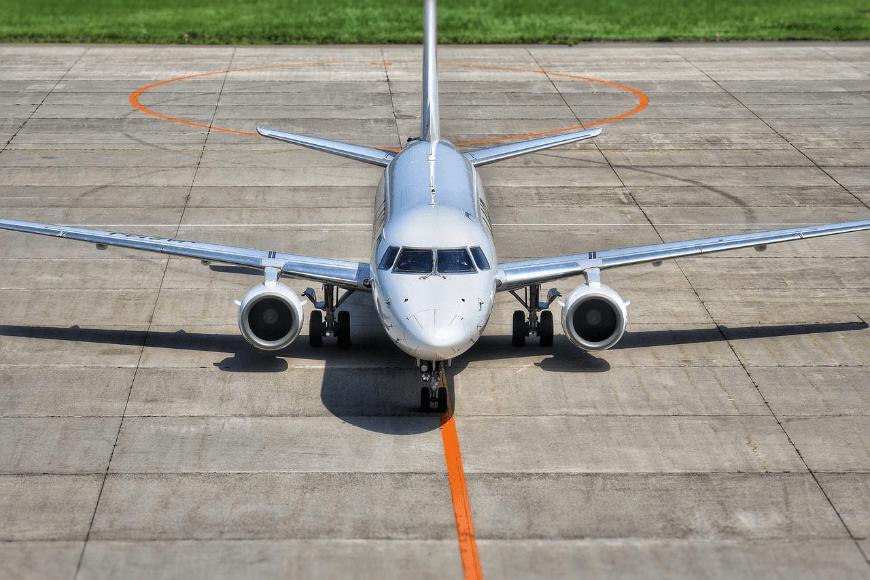 Jak dojechać z lotniska do hotelu?