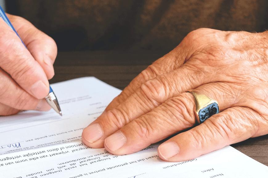Jak przekazać pełnomocnictwo za pośrednictwem notariusza