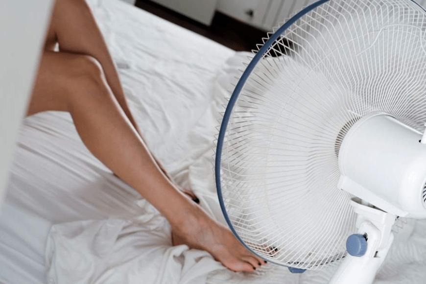 6 wskazówek, jak utrzymać chłód w mieszkaniu w upalne dni
