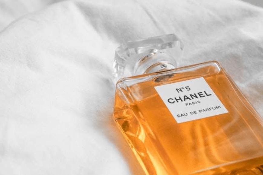 Jakie perfumy wybrać na Dzień Mamy na prezent?