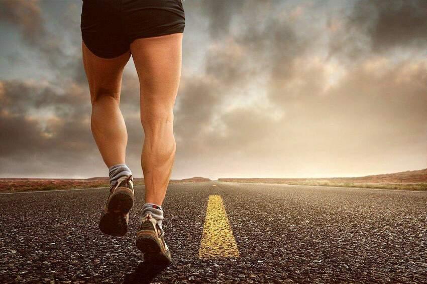 Skarpety kompresyjne do biegania - jak wybrać i kiedy nosić?