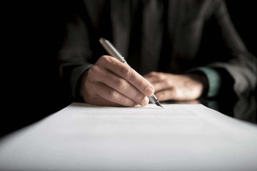 Specjalista od nieruchomości - w czym pomoże adwokat